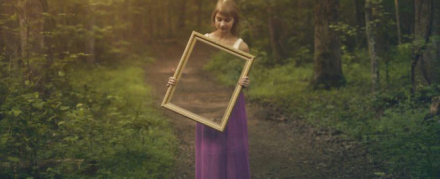Amarres de Amor con Espejos