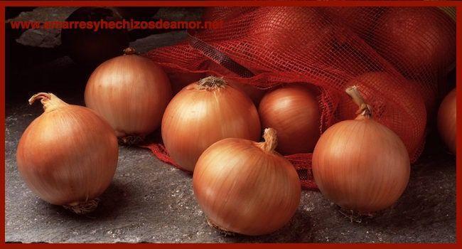 Hechizo-de-Amor-con-Cebolla-y-Alfileres_v002